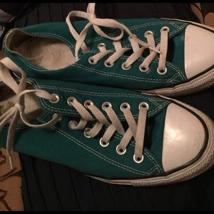 Tennis shoes All stars